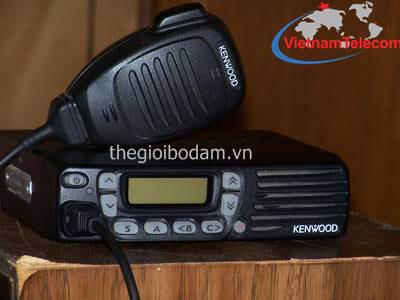 Máy bộ đàm trạm chính Kenwood TK7160(H)/TK8160(H) có thiết kế nhỏ gọn, hiện đại, trọng lượng nhẹ, Giá mua bán máy bộ đàm Kenwood TK-7160H/TK-8160H chính hãng tại Hà Nội HN sài gòn tphcm thành phố hồ chí minh; gia mua ban may bo dam Kenwood TK-7160H/TK-8160H chinh hang tai ha noi HN tphcm thanh pho ho chi minh; Nơi mua bán máy bộ đàm Kenwood TK-7160H/TK-8160H chính hãng tại Hà Nội HN sài gòn tphcm thành phố hồ chí minh; noi mua ban may bo dam Kenwood TK-7160H/TK-8160H chinh hang tai ha noi HN tphcm thanh pho ho chi minh; Địa chỉ mua bán uy tín máy bộ đàm Kenwood TK-7160H/TK-8160H chính hãng tại Hà Nội HN sài gòn tphcm thành phố hồ chí minh; dia chi mua ban uy tin may bo dam Kenwood TK-7160H/TK-8160H chinh hang tai ha noi HN tphcm thanh pho ho chi minh; Giá bán máy bộ đàm chính hãng tại Hà Nội HN sài gòn tphcm thành phố hồ chí minh; gia ban may bo dam chinh hang tai ha noi HN tphcm thanh pho ho chi minh; Nơi mua bán máy bộ đàm chính hãng tại Hà Nội HN sài gòn tphcm thành phố hồ chí minh; noi mua ban may bo dam chinh hang tai ha noi HN tphcm thanh pho ho chi minh; Địa chỉ mua bán uy tín máy bộ đàm chính hãng tại Hà Nội HN sài gòn tphcm thành phố hồ chí minh; dia chi mua ban uy tin may bo dam chinh hang tai ha noi HN tphcm thanh pho ho chi minh;