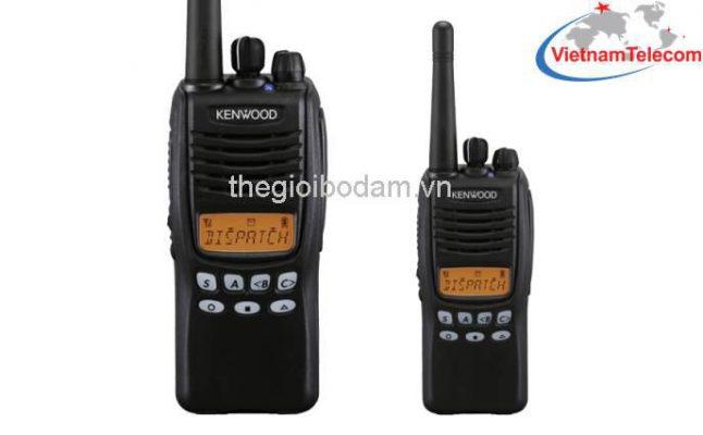 Máy bộ đàm Kenwood TK2317/ TK3317 có màn hình LCD hiển thị sắc nét, nhiều tính năng mới Giá mua bán máy bộ đàm cầm tay Kenwood TK-2317/TK-3317 chính hãng tại Hà Nội HN sài gòn tphcm thành phố hồ chí minh; gia mua ban may bo dam cam tay Kenwood TK-2317/TK-3317 chinh hang tai ha noi HN tphcm thanh pho ho chi minh; Nơi mua bán máy bộ đàm cầm tay Kenwood TK-2317/TK-3317 chính hãng tại Hà Nội HN sài gòn tphcm thành phố hồ chí minh; noi mua ban may bo dam cam tay Kenwood TK-2317/TK-3317 chinh hang tai ha noi HN tphcm thanh pho ho chi minh; Địa chỉ mua bán uy tín máy bộ đàm cầm tay Kenwood TK-2317/TK-3317 chính hãng tại Hà Nội HN sài gòn tphcm thành phố hồ chí minh; dia chi mua ban uy tin may bo dam cam tay Kenwood TK-2317/TK-3317 chinh hang tai ha noi HN tphcm thanh pho ho chi minh; Giá bán máy bộ đàm chính hãng tại Hà Nội HN sài gòn tphcm thành phố hồ chí minh; gia ban may bo dam chinh hang tai ha noi HN tphcm thanh pho ho chi minh; Nơi mua bán máy bộ đàm chính hãng tại Hà Nội HN sài gòn tphcm thành phố hồ chí minh; noi mua ban may bo dam chinh hang tai ha noi HN tphcm thanh pho ho chi minh; Địa chỉ mua bán uy tín máy bộ đàm chính hãng tại Hà Nội HN sài gòn tphcm thành phố hồ chí minh; dia chi mua ban uy tin may bo dam chinh hang tai ha noi HN tphcm thanh pho ho chi minh;