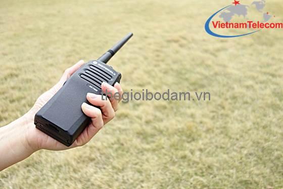 máy bộ đàm kỹ thuật số Mototrbo XiR P3688 hoạt động tốt trong những môi trường khắc nghiệt, Giá mua bán máy bộ đàm Motorola Xir P3688 chính hãng tại Hà Nội HN sài gòn tphcm thành phố hồ chí minh; gia mua ban may bo dam Motorola Xir P3688 chinh hang tai ha noi HN tphcm thanh pho ho chi minh; Nơi mua bán máy bộ đàm Motorola Xir P3688 chính hãng tại Hà Nội HN sài gòn tphcm thành phố hồ chí minh; noi mua ban may bo dam Motorola Xir P3688 chinh hang tai ha noi HN tphcm thanh pho ho chi minh; Địa chỉ mua bán uy tín máy bộ đàm Motorola Xir P3688 chính hãng tại Hà Nội HN sài gòn tphcm thành phố hồ chí minh; dia chi mua ban uy tin may bo dam Motorola Xir P3688 chinh hang tai ha noi HN tphcm thanh pho ho chi minh; Giá bán máy bộ đàm chính hãng tại Hà Nội HN sài gòn tphcm thành phố hồ chí minh; gia ban may bo dam chinh hang tai ha noi HN tphcm thanh pho ho chi minh; Nơi mua bán máy bộ đàm chính hãng tại Hà Nội HN sài gòn tphcm thành phố hồ chí minh; noi mua ban may bo dam chinh hang tai ha noi HN tphcm thanh pho ho chi minh; Địa chỉ mua bán uy tín máy bộ đàm chính hãng tại Hà Nội HN sài gòn tphcm thành phố hồ chí minh; dia chi mua ban uy tin may bo dam chinh hang tai ha noi HN tphcm thanh pho ho chi minh;