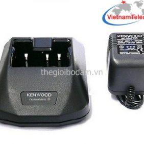 Phụ kiện bộ đàm, Phụ kiện bộ đàm Kenwood, Sạc bộ đàm Kenwood, charger kenwood KSC-15, charger KSC-15 kenwood, Kenwood KSC-15 charger, mua sạc bộ đàm kenwood, sạc bàn kenwood, sạc bộ đàm cầm tay Kenwood, sạc bộ đàm Kenwood KSC-15, sạc Kenwood KSC-15.