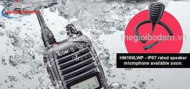 máy bộ đàm ICOM IC F3033T đáp ứng tiêu chuẩn IP67, MIL STD 810 C/D/E