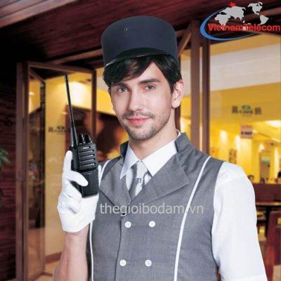 máy bộ đàm cầm tay Kirisun PT-3600 chính hãng được sử dụng trong lĩnh vực nhà hàng khách sạn