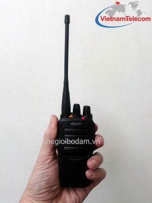 máy bộ đàm cầm tay Kirisun PT-3600 có thiết kế nhỏ gọn, trọng lượng nhẹ