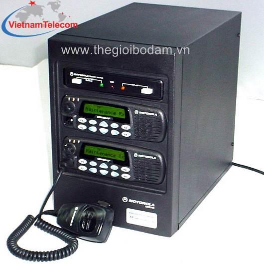 Trạm chuyển tiếp tín hiệu Motorola CDR 700 kết nối bộ đàm