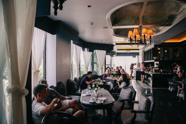Nhà hàng Rhythms tại tầng 7