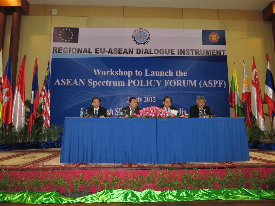 Ra mắt diễn đàn chính sách tần số asean