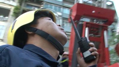 Sử dụng bộ đàm liên lạc trong công tác phòng cháy, chữa cháy