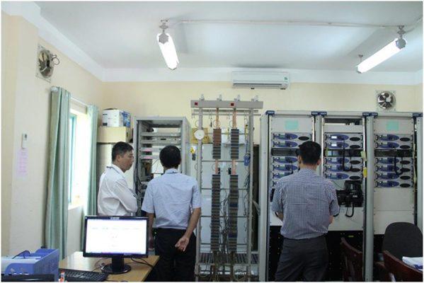 khảo sát thực tế hoạt động của các trạm thu phát ACC, APP và đài kiểm soát không lưu Tower